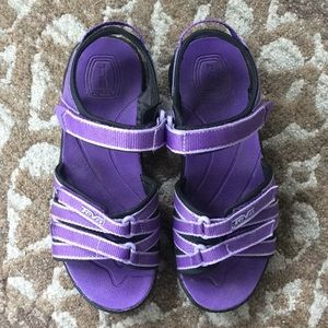 Teva Youth Size 2 Sandals